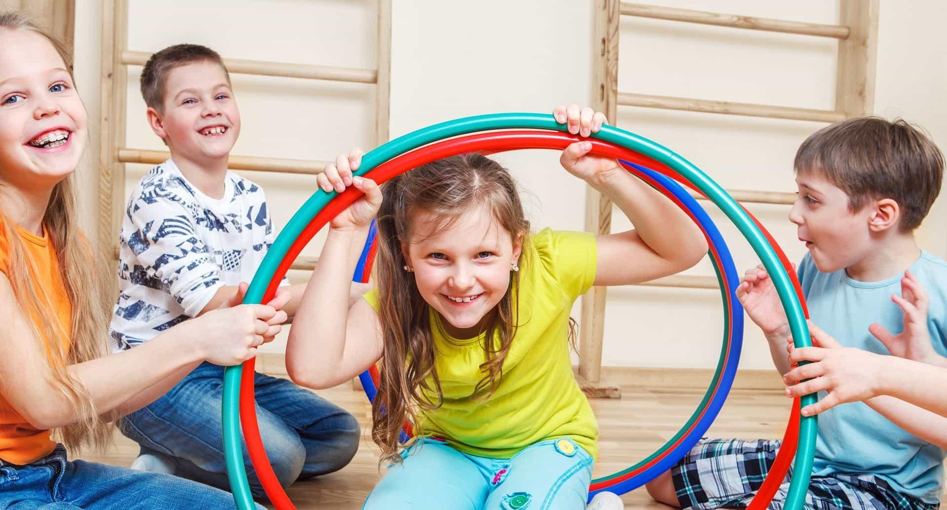 salon de juegos infantiles carilo las 4 estaciones